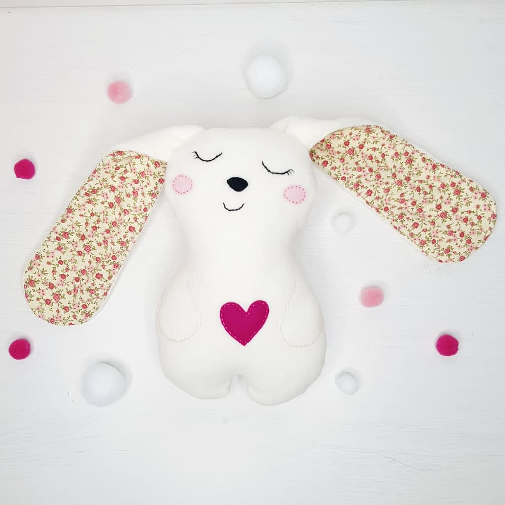 CUTE BUNNY, REBIT_stuffed animal sewing pattern & tutorial for beginners learning to sew