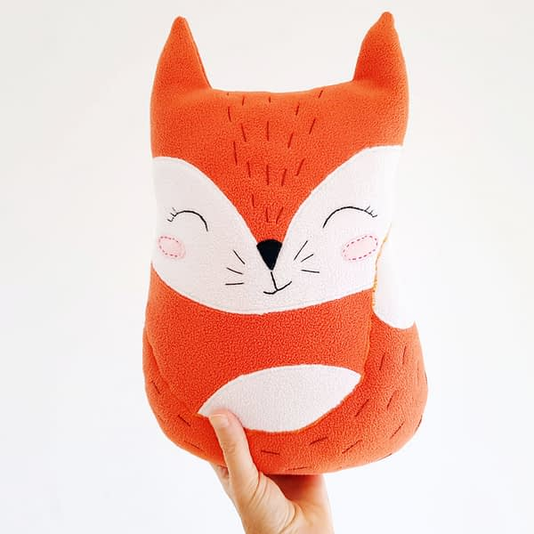 cute and easy sewing pattern for the fox stuffed toy 5
